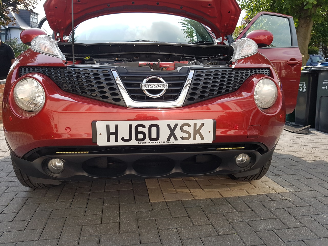 Nissan Juke front colour coded parking sensors
