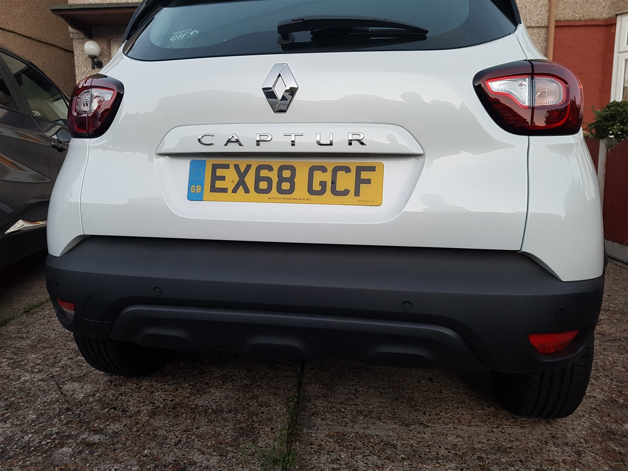 Renault Captur rear parking sensors